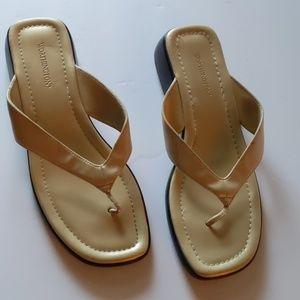Worthington faux leather ivory sandals-sz 8 1/2M